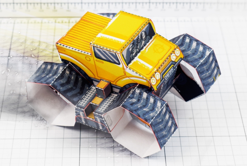 Fold Up Toys Tremor Truck Paper Toy