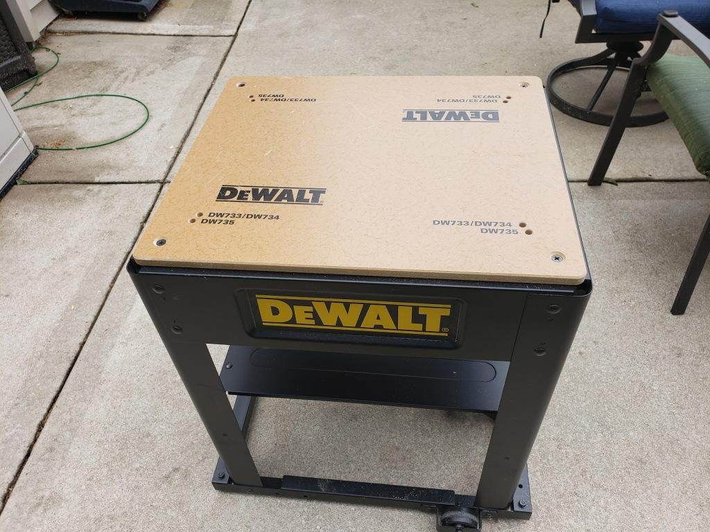 dominic portable workbench