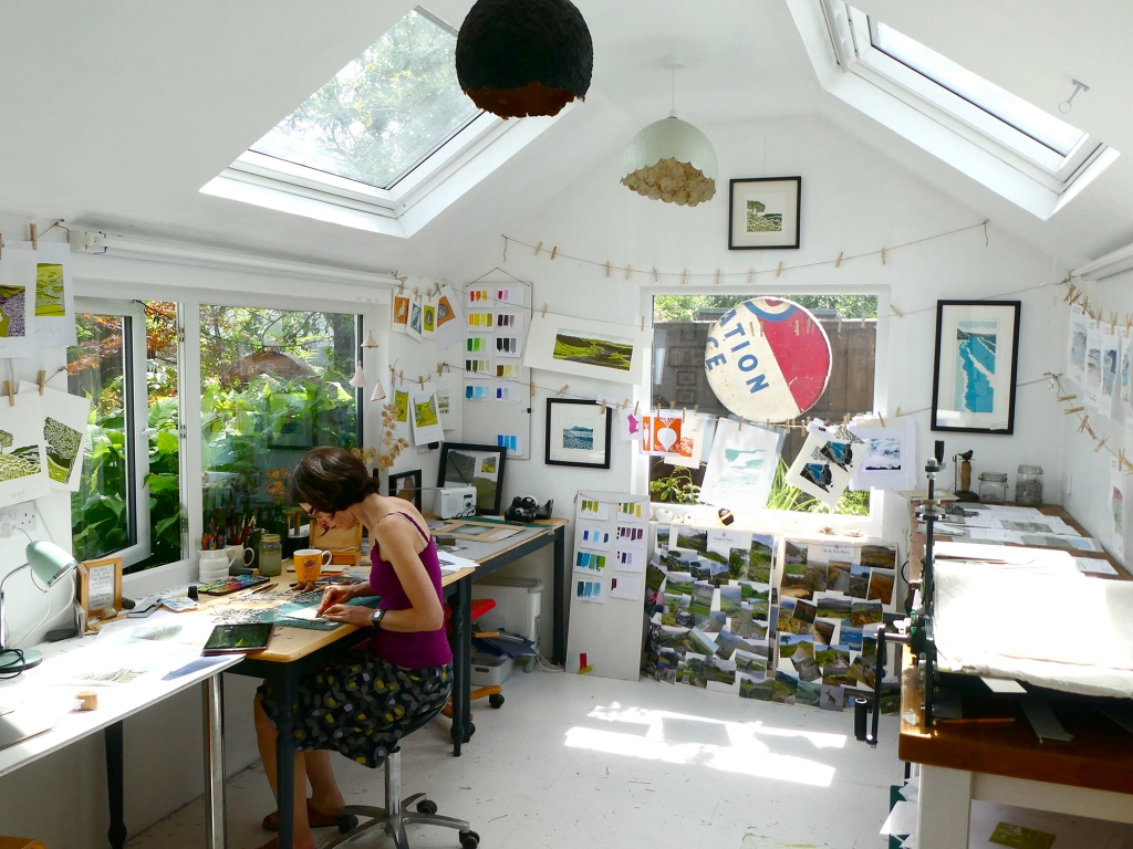 Michelle_Hughes-Studio-s