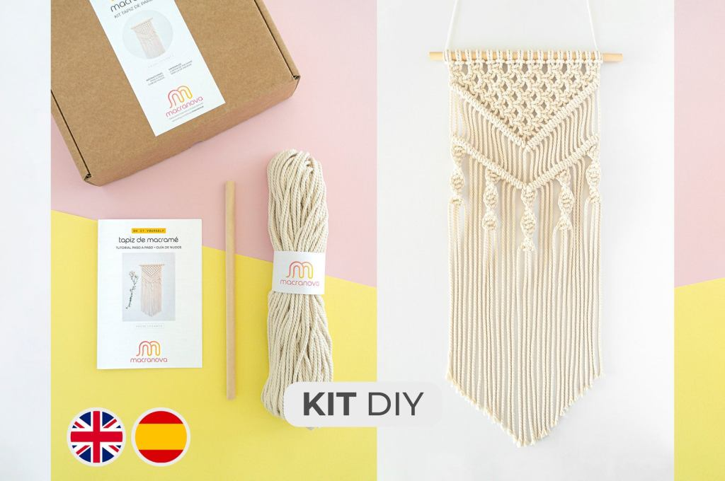 Macranova macrame wall hanging kit